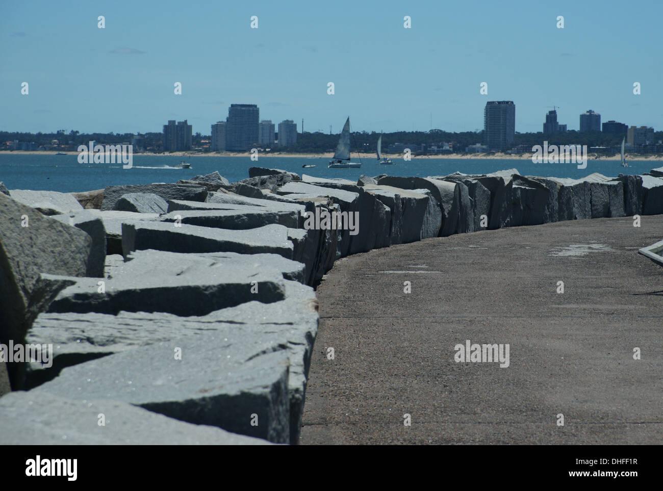 Punta del Este breakwater path - Stock Image