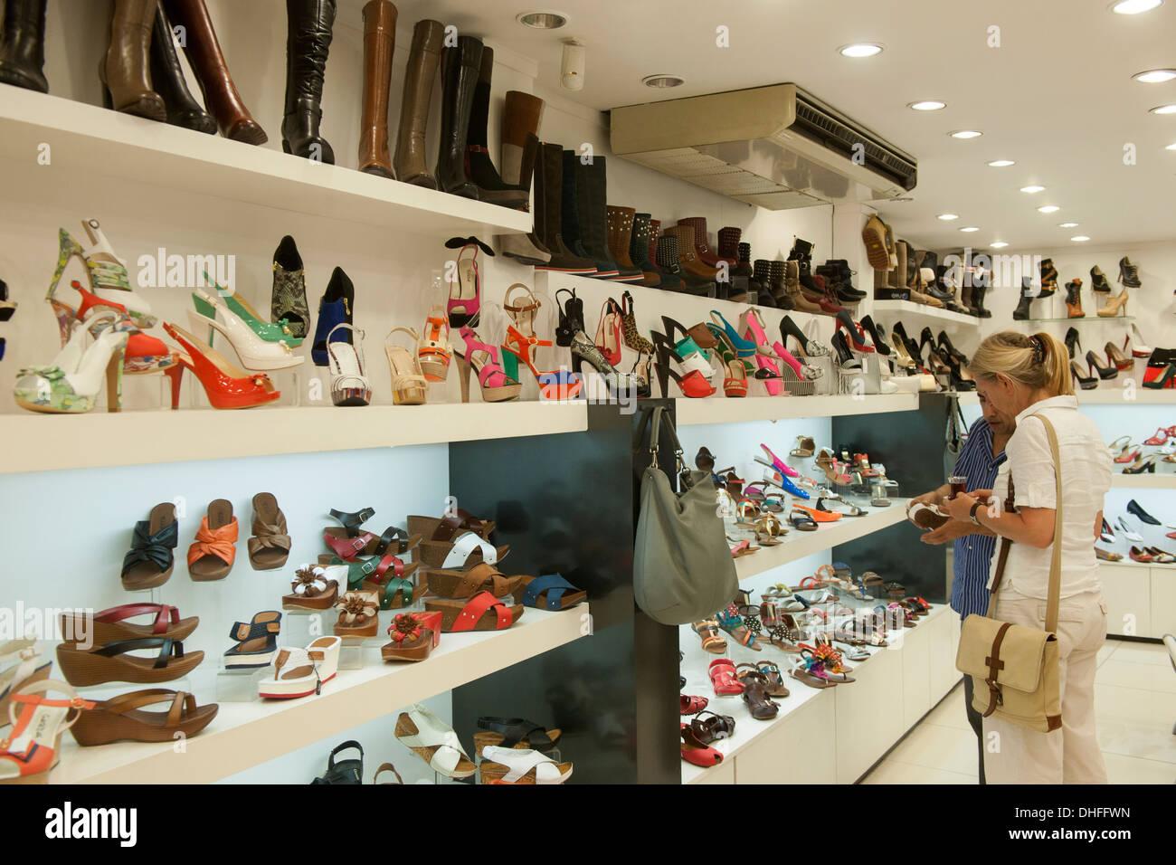Marmaris Bazaar Stock Photos Images Alamy Shoes With Embroider Blue 12 Inchi Trkei Provinz Mugla Inci Im Basar Image