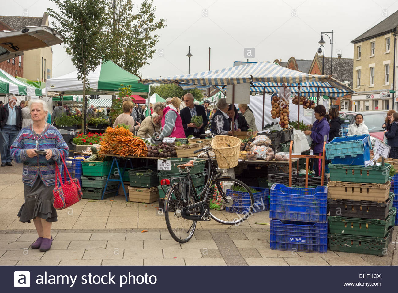 Shoppers at the market in St Ives, Cambridgeshire - Stock Image