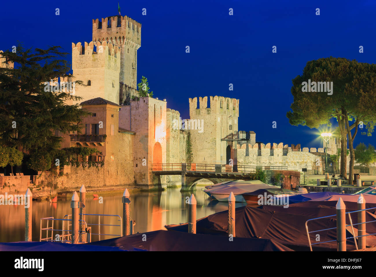 Sirmione is a comune at lake Garda in the province of Brescia, in Lombardy, northern Italy - Stock Image