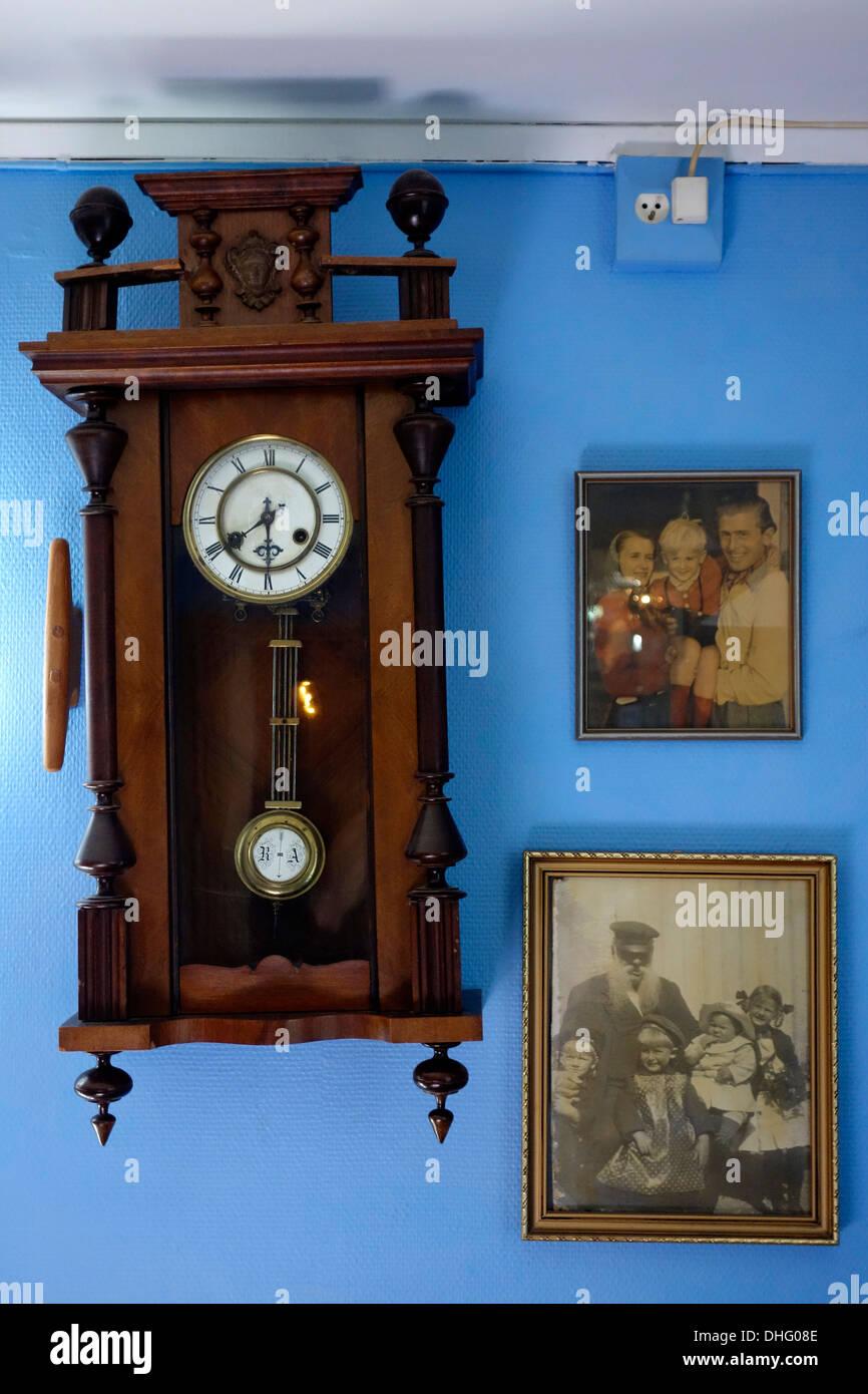 Hanging Wall Clock Stock Photos & Hanging Wall Clock Stock Images ...