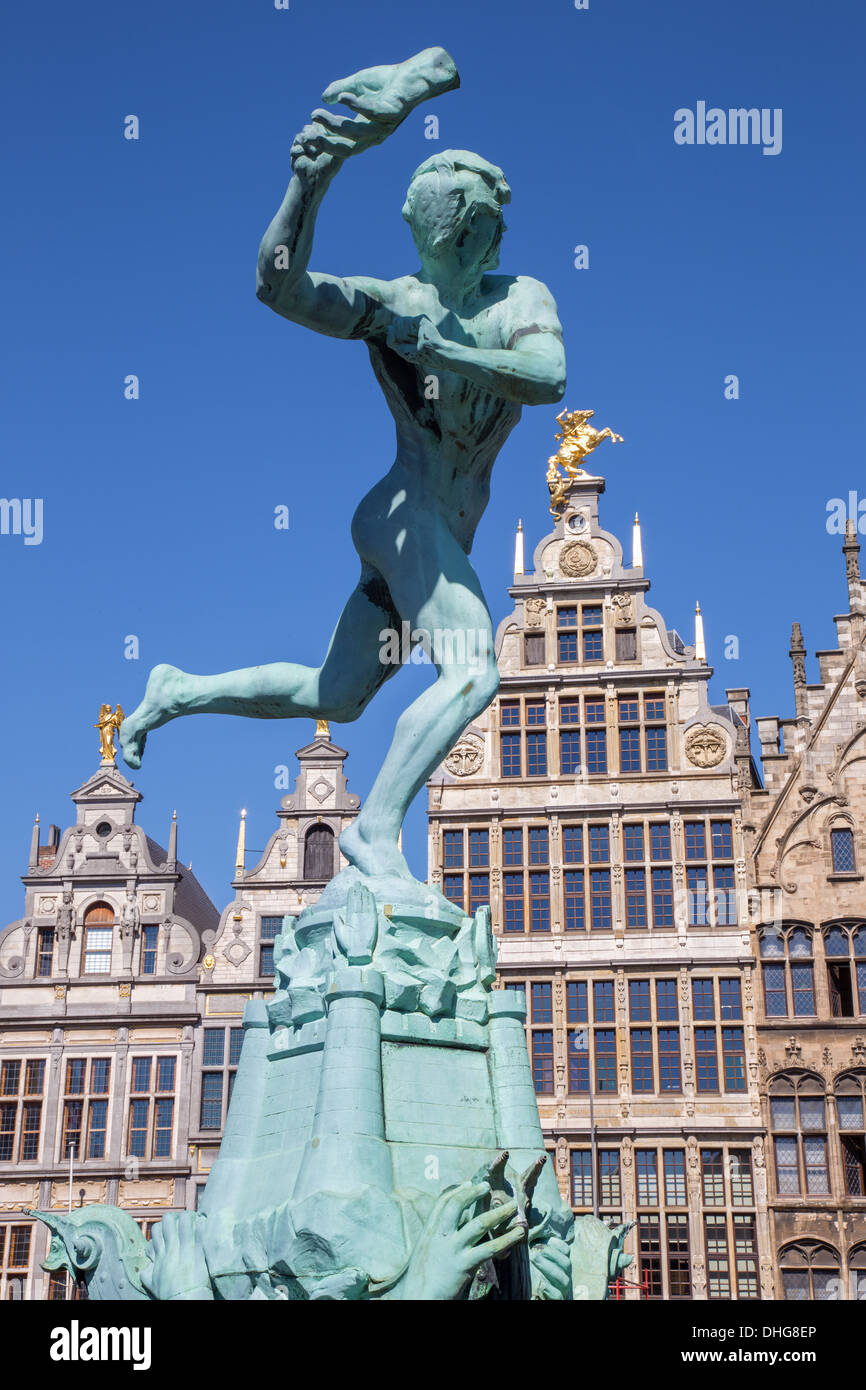 Antwerp - Brabo fountain and palaces of Grote Markt Stock Photo