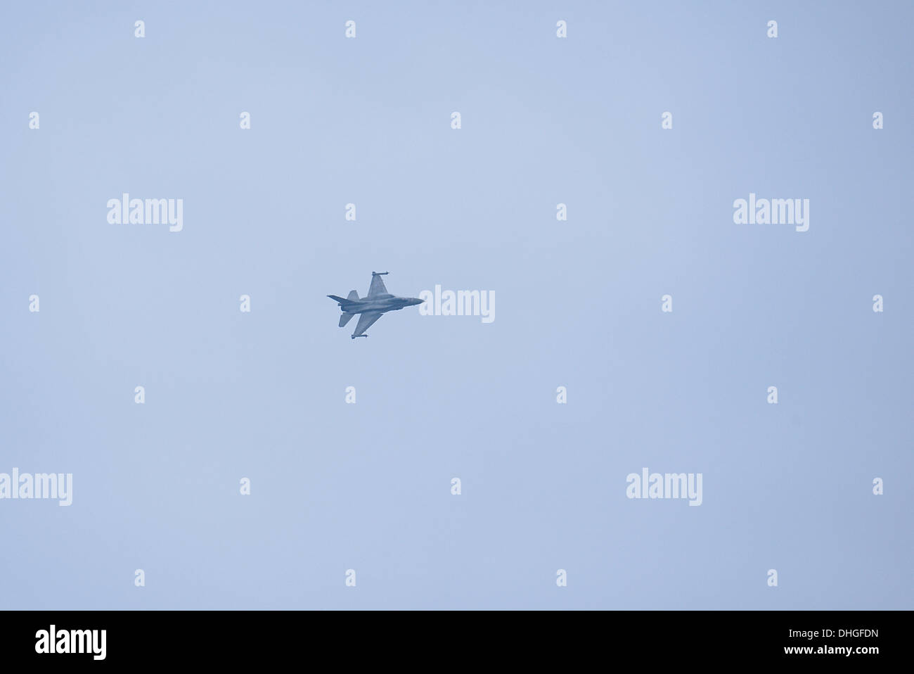 The F-16C of the Zeus team during a high G maneuver during the airshow over Thessaloniki - Stock Image