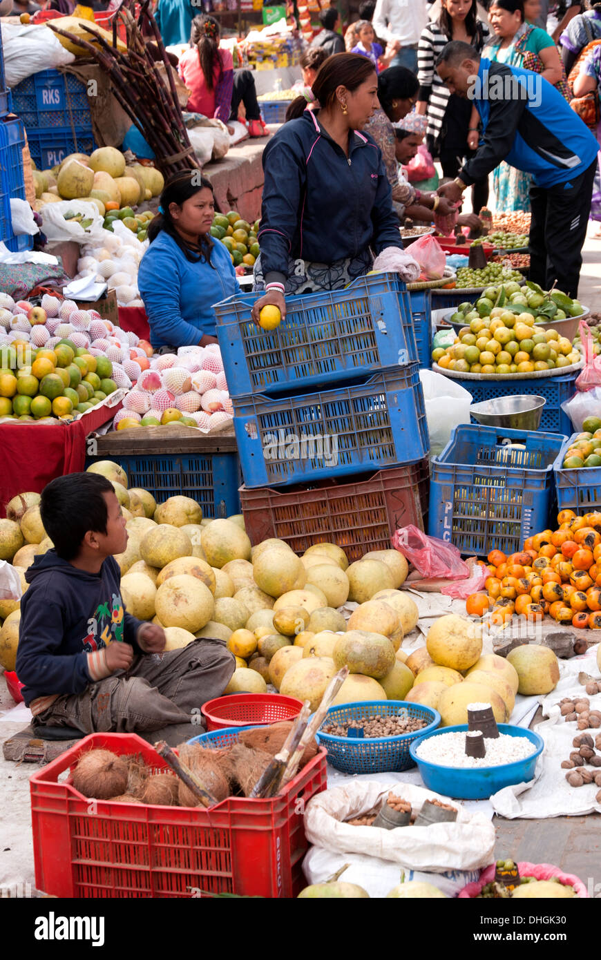 Fruit seller in Kathmandu, Nepal. - Stock Image