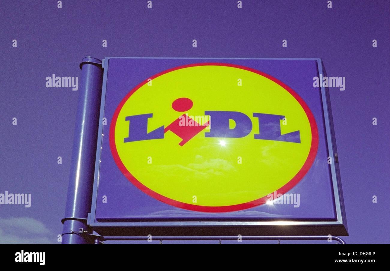 Lidl Supermarket Sign, UK - Stock Image
