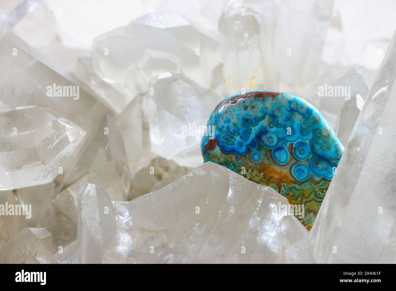 Turquoise in rock crystal - Stock Image