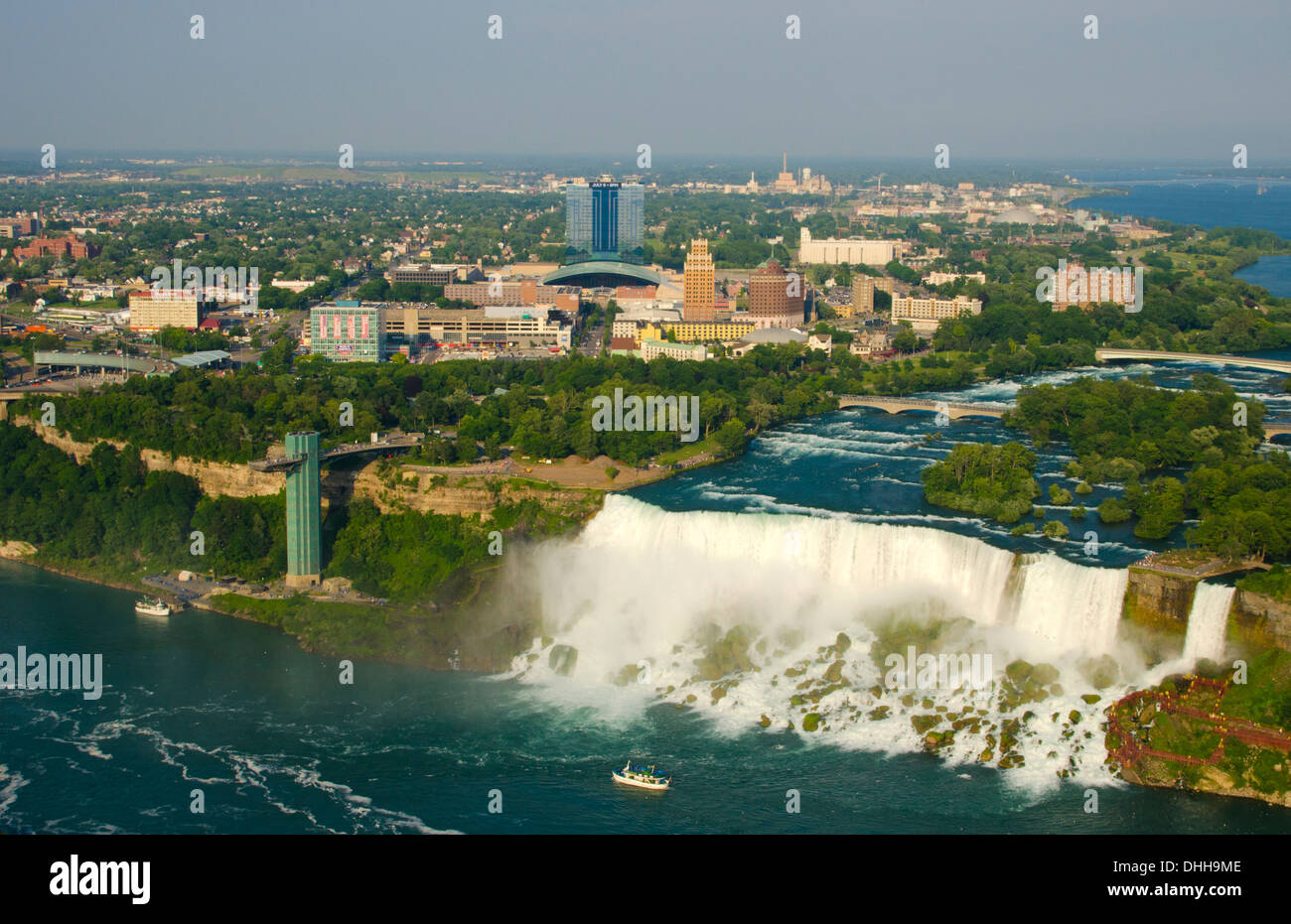 Niagara Falls New York And Maid Of The Mist Boat Under The