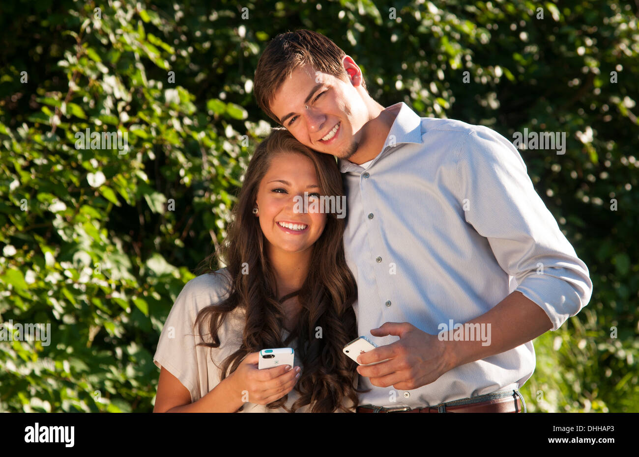 Girl and boy dating pic