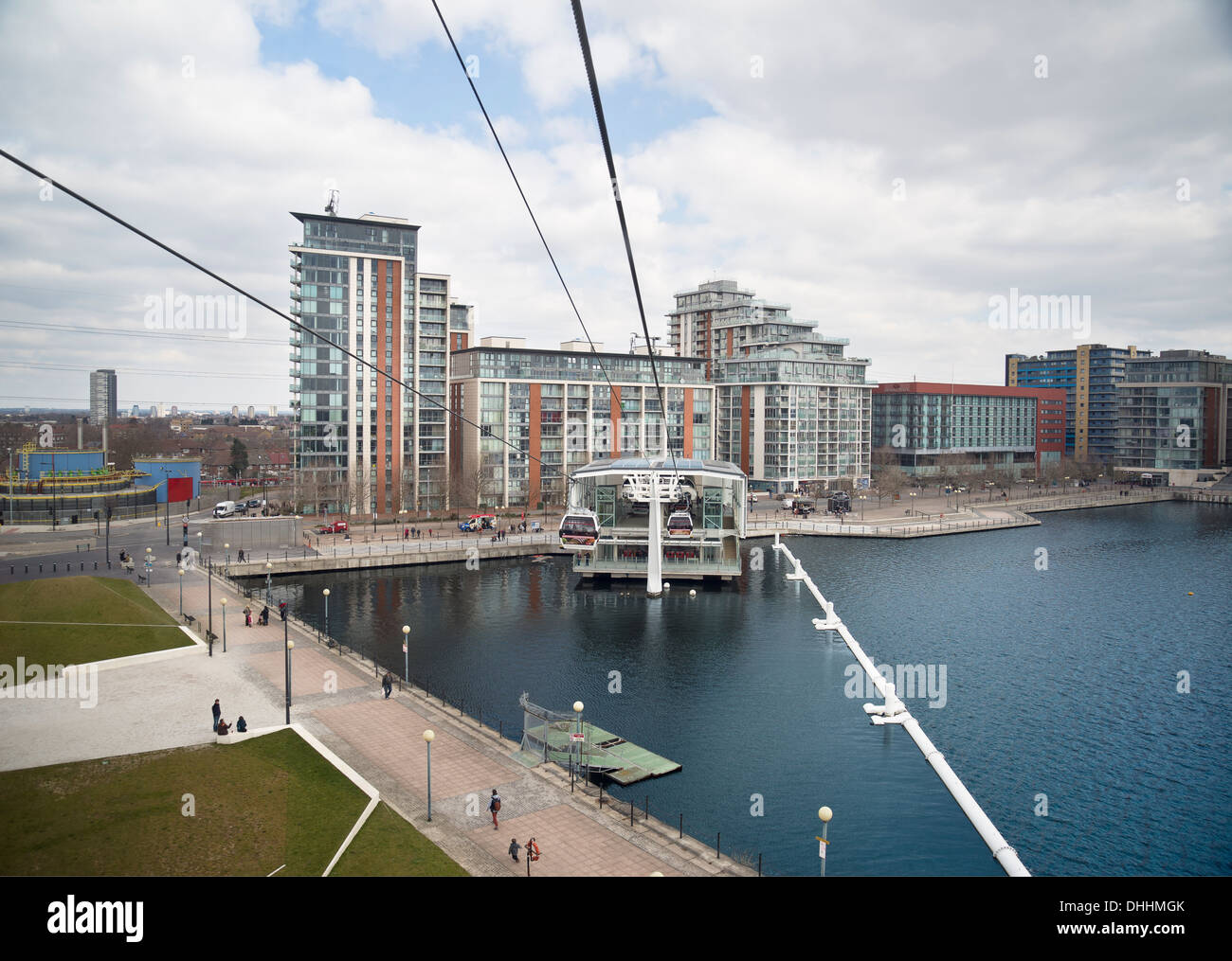 Cable Automotive Oklahoma City : View of emirates air line cable car and royal docks