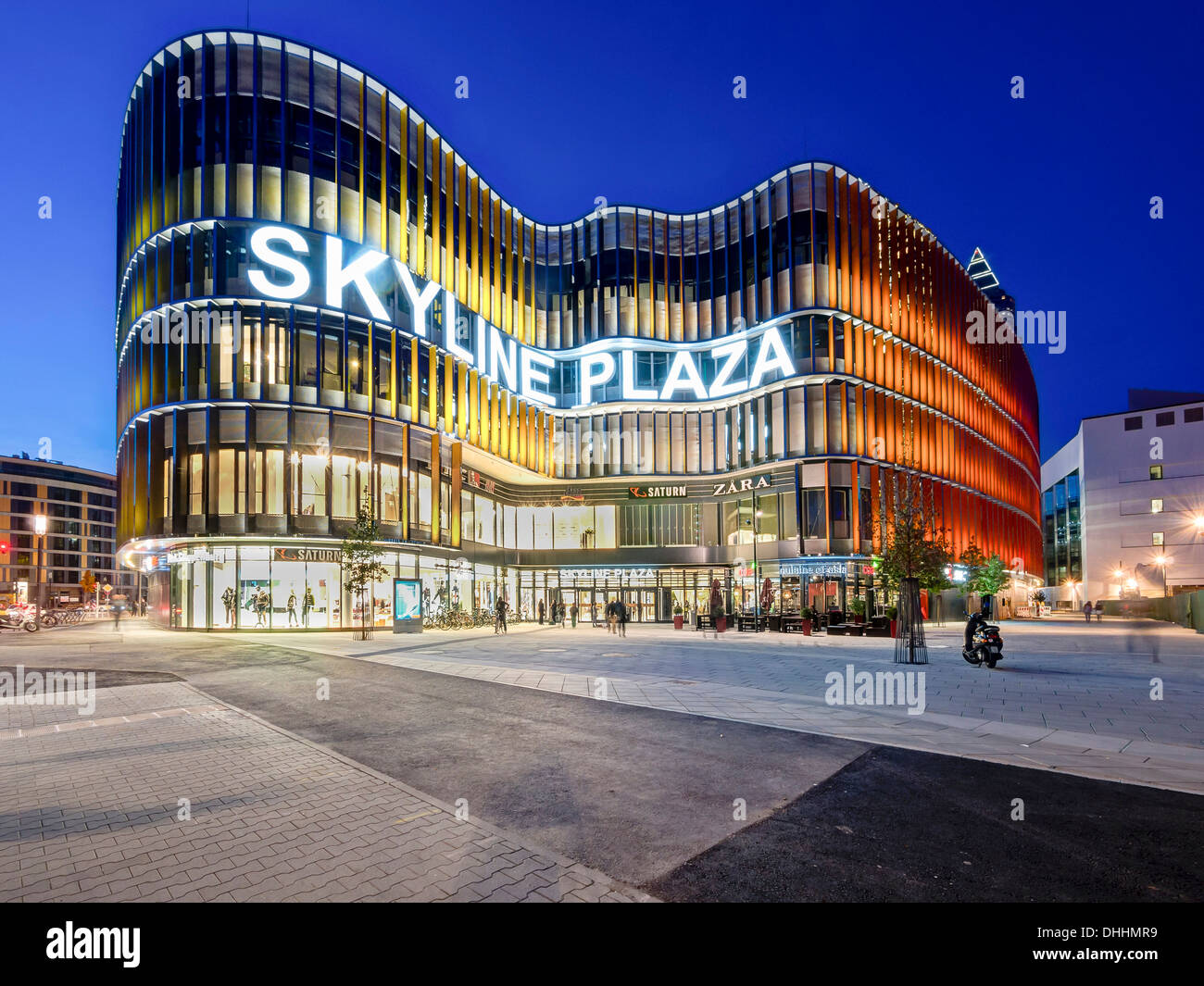 New shopping center Skyline Plaza, European Quarter