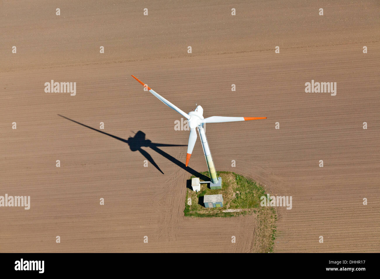Aerial view of a wind farm near Cuxhaven, alternative power, Ecological, Cuxhaven, Lower Saxony, Germany - Stock Image