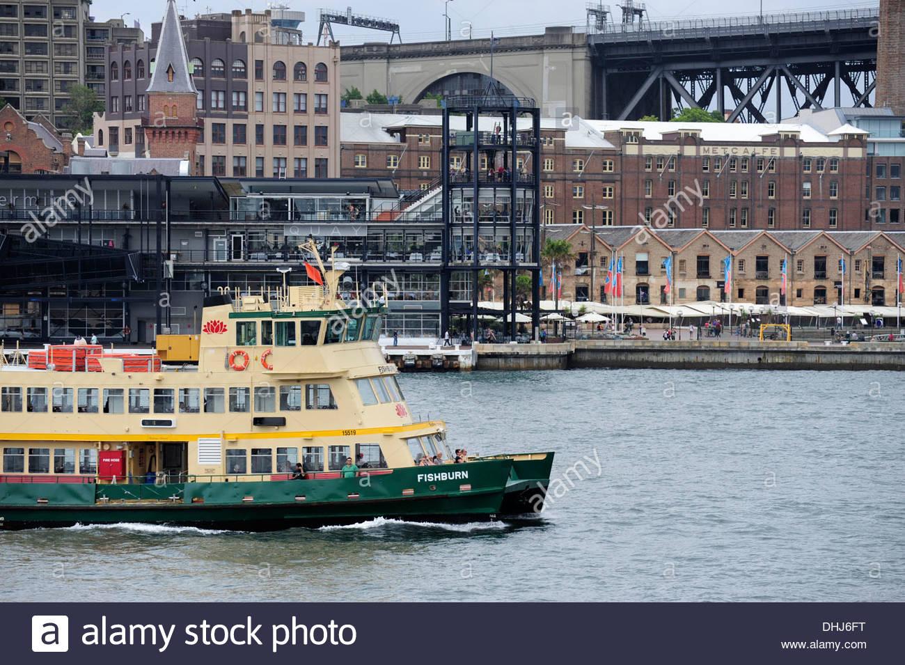 Ferry leaving Circular Quay, Sydney Cove, The Rocks, Sydney Harbour, Sydney, New South Wales, NSW, Australia - Stock Image