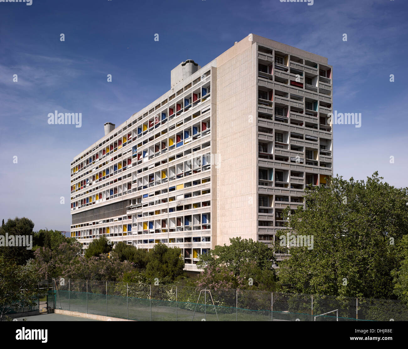 unite d 39 habitation marseille france architect le corbusier 1952 stock photo 62493662 alamy. Black Bedroom Furniture Sets. Home Design Ideas