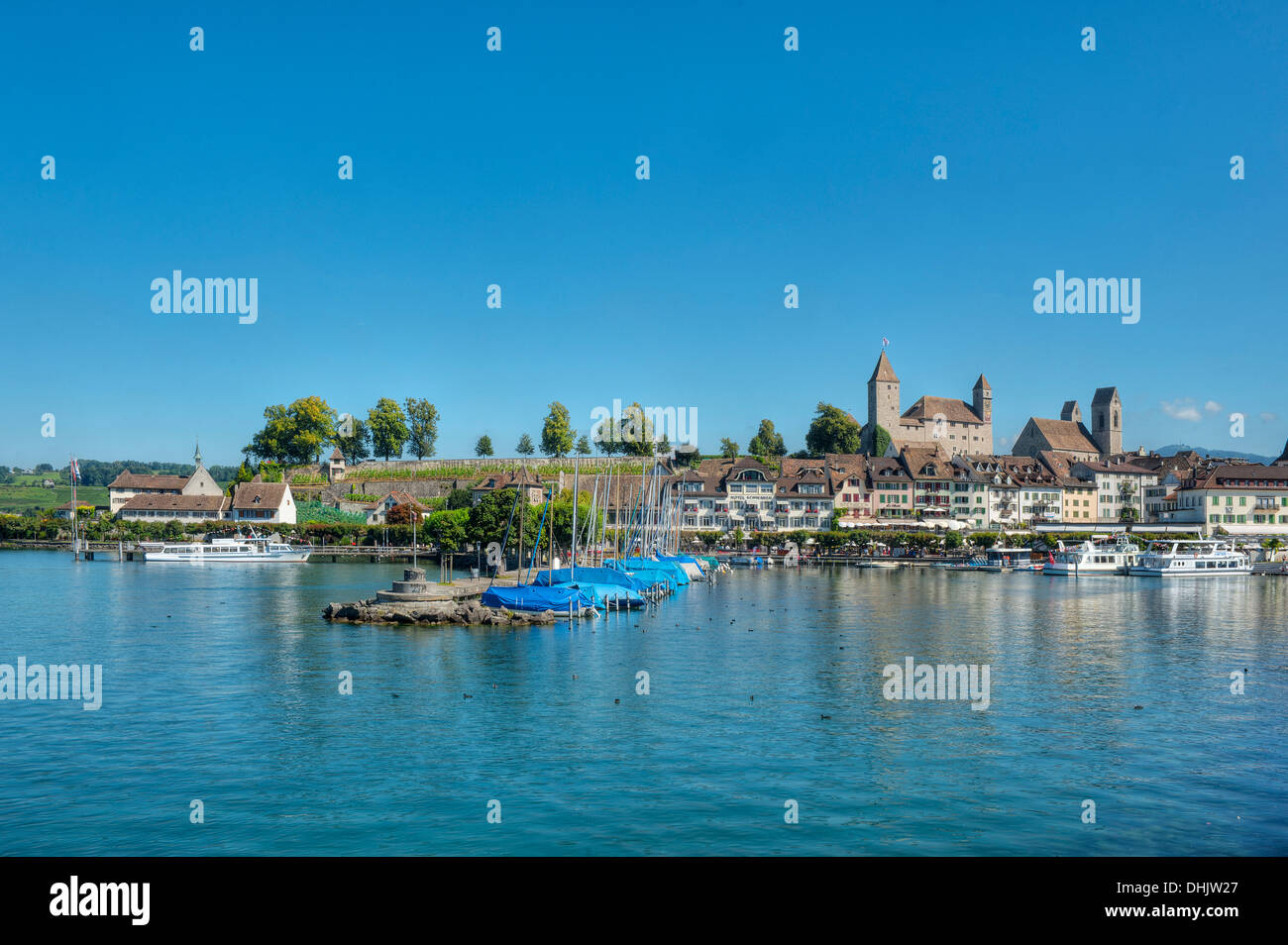 View of castle, old town and harbour, Rapperswil, Lake Zurich, St. Gallen, Switzerland, Europe - Stock Image