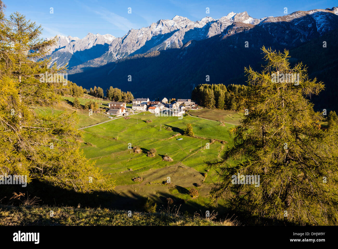 Little village Bos-cha at Engadin, Canton of Graubuenden, Grisons, Switzerland, Europe - Stock Image