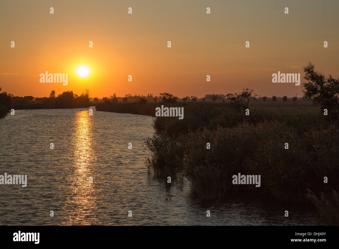Canale Siloni at sunset, Portegrandi, Veneto, Italy, Europe - Stock Image