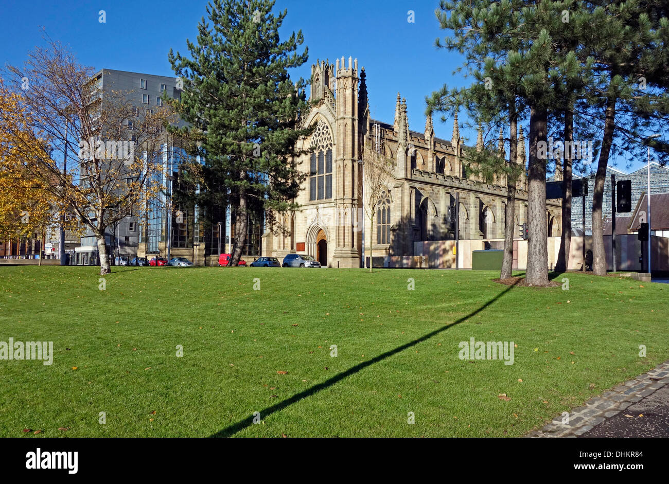 Customs House Quay Gardens Public Realm improvements scheme along River Clyde in Glasgow Scotland with St. Andrew's Cathedral - Stock Image