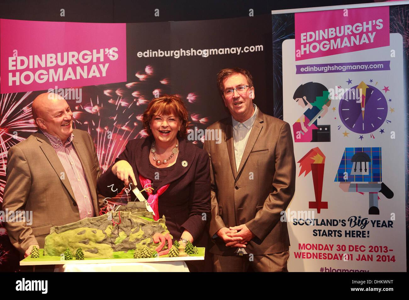 Edinburgh, UK. 12th Nov, 2013. Photocall Edinburgh's Hogmanay celebrates 21st birthday and launches the 2013/2014 Stock Photo