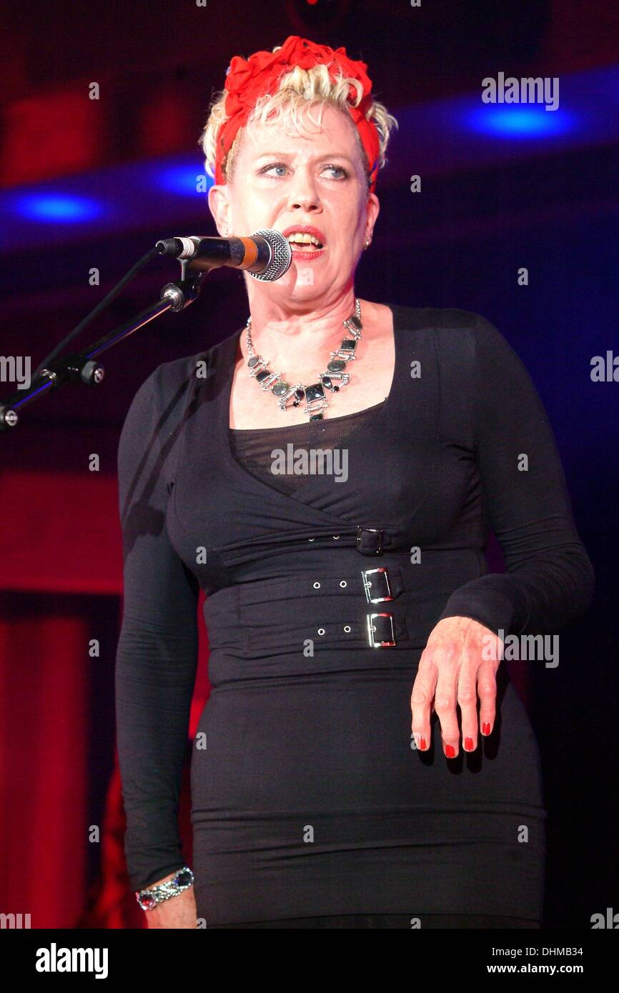 Watch Hazel O'Connor video