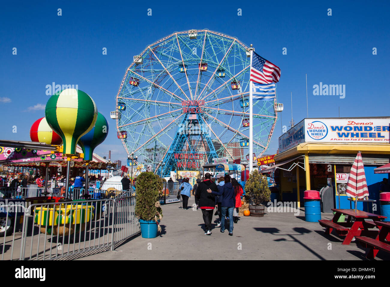 Wonder Wheel ferris wheel ride, Coney Island,Brooklyn, New York,United States of America. - Stock Image