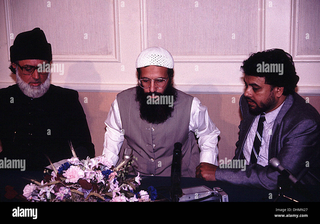 Yusuf Islam holding a press conference in London - Stock Image