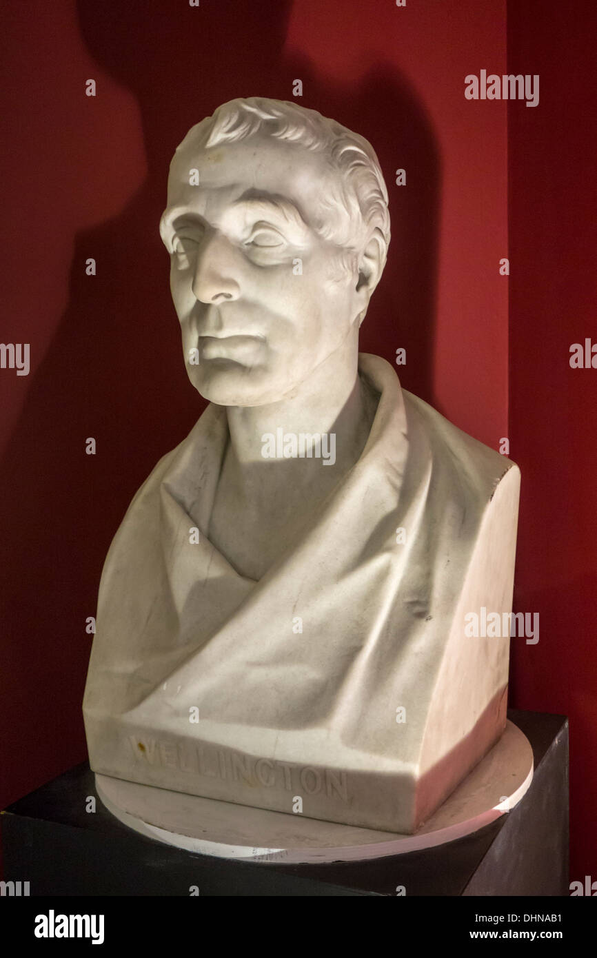 Bust of Arthur Wellesley, Duke of Wellington, commander of allied armies during the Napoleonic wars and 1815 Battle of Waterloo - Stock Image