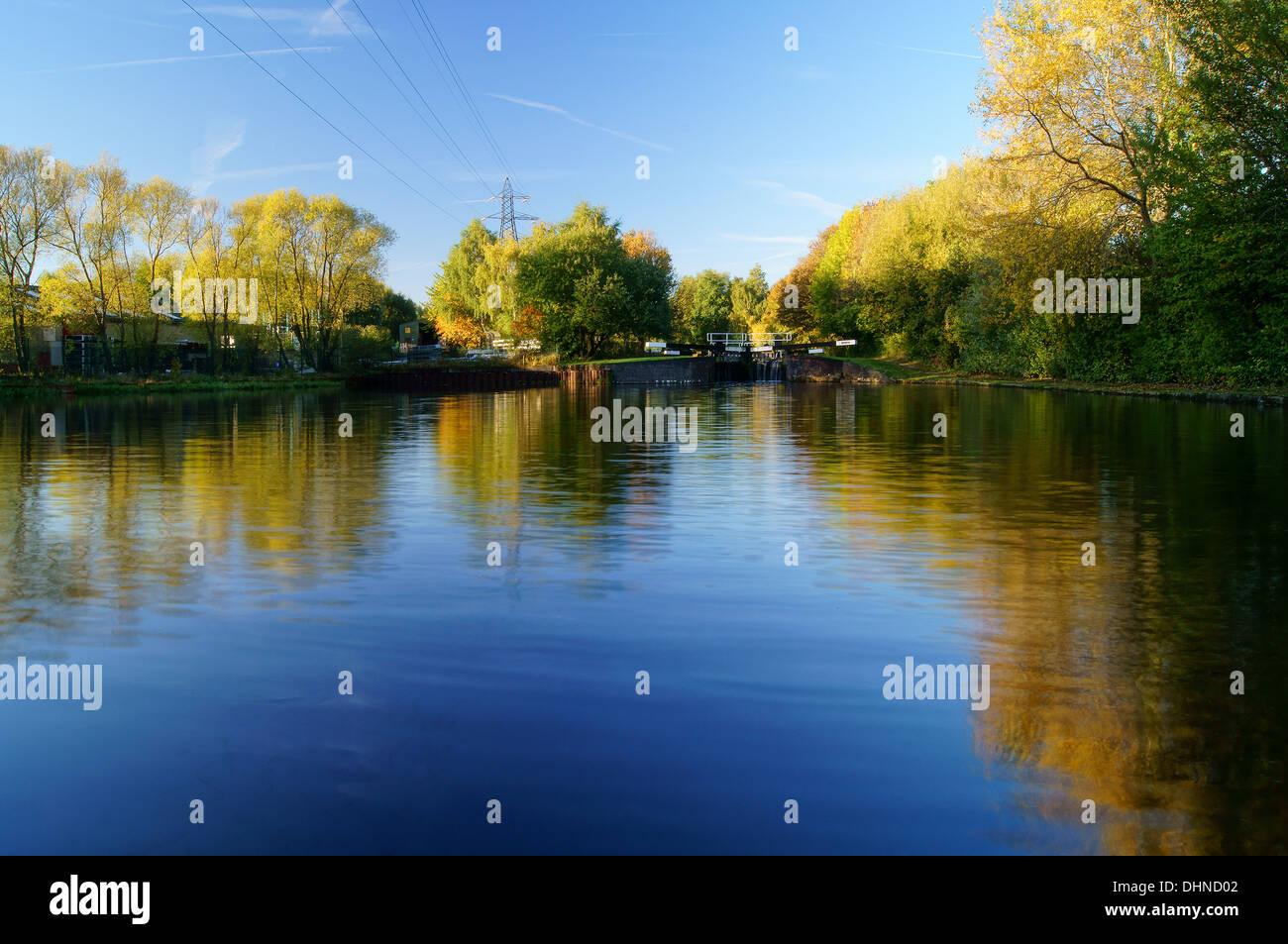UK,South Yorkshire,Sheffield,Sheffield Canal near Tinsley Marina - Stock Image