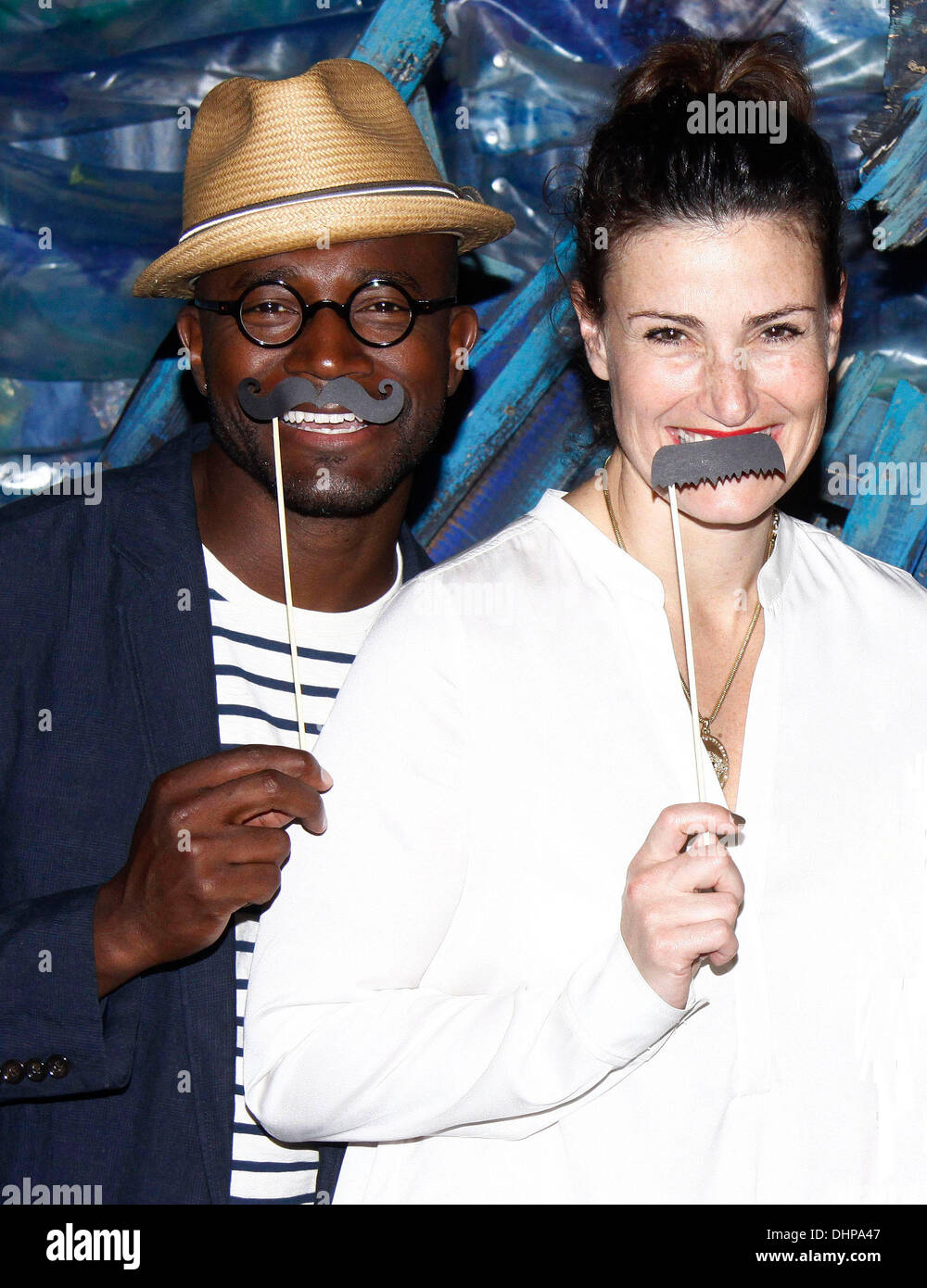 Taye Diggs And Idina Menzel Stock Photos & Taye Diggs And Idina ...