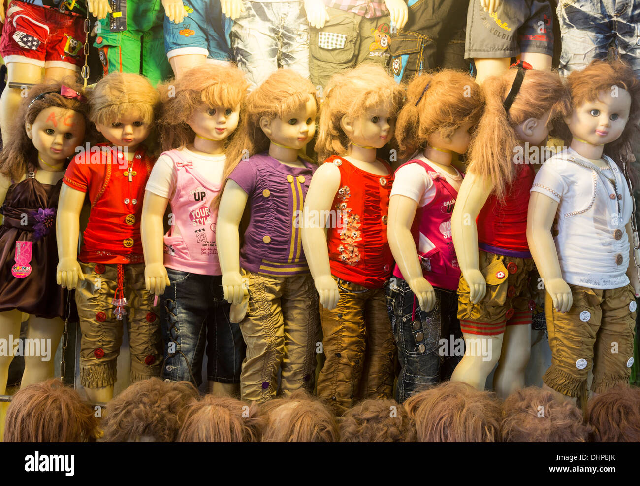 219a90a19e5c Persian Clothes Stock Photos   Persian Clothes Stock Images - Alamy
