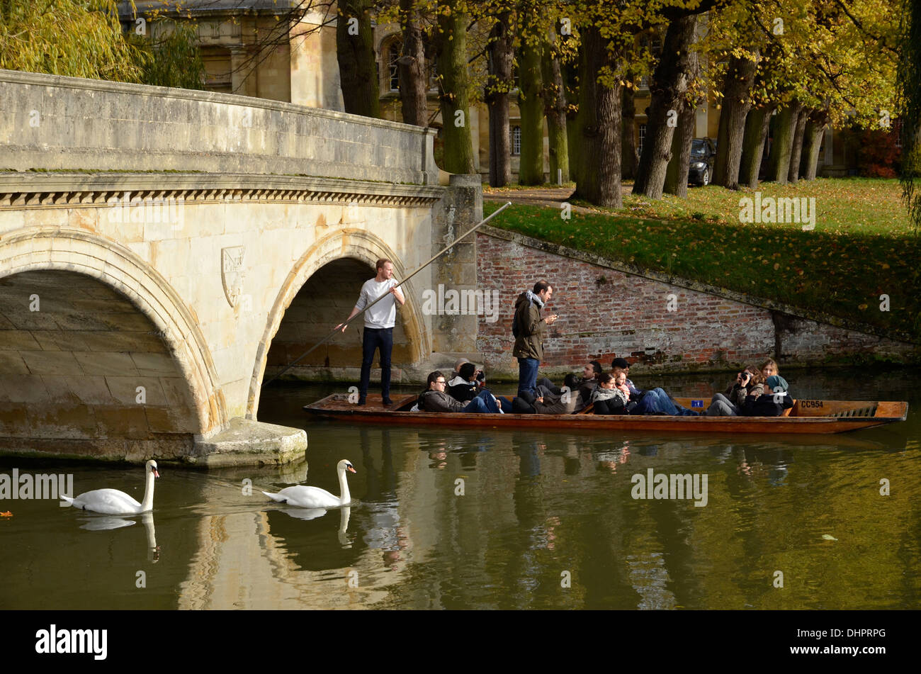 Punting on the River Cam in Cambridge, England - Stock Image