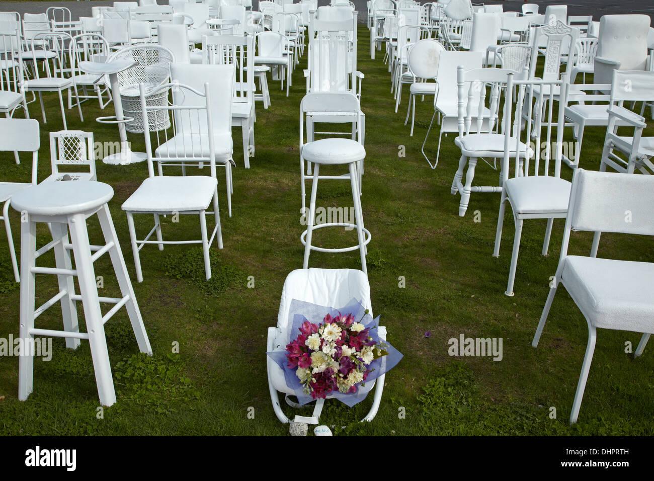 185 Empty White Chairs Stock Photos Amp 185 Empty White