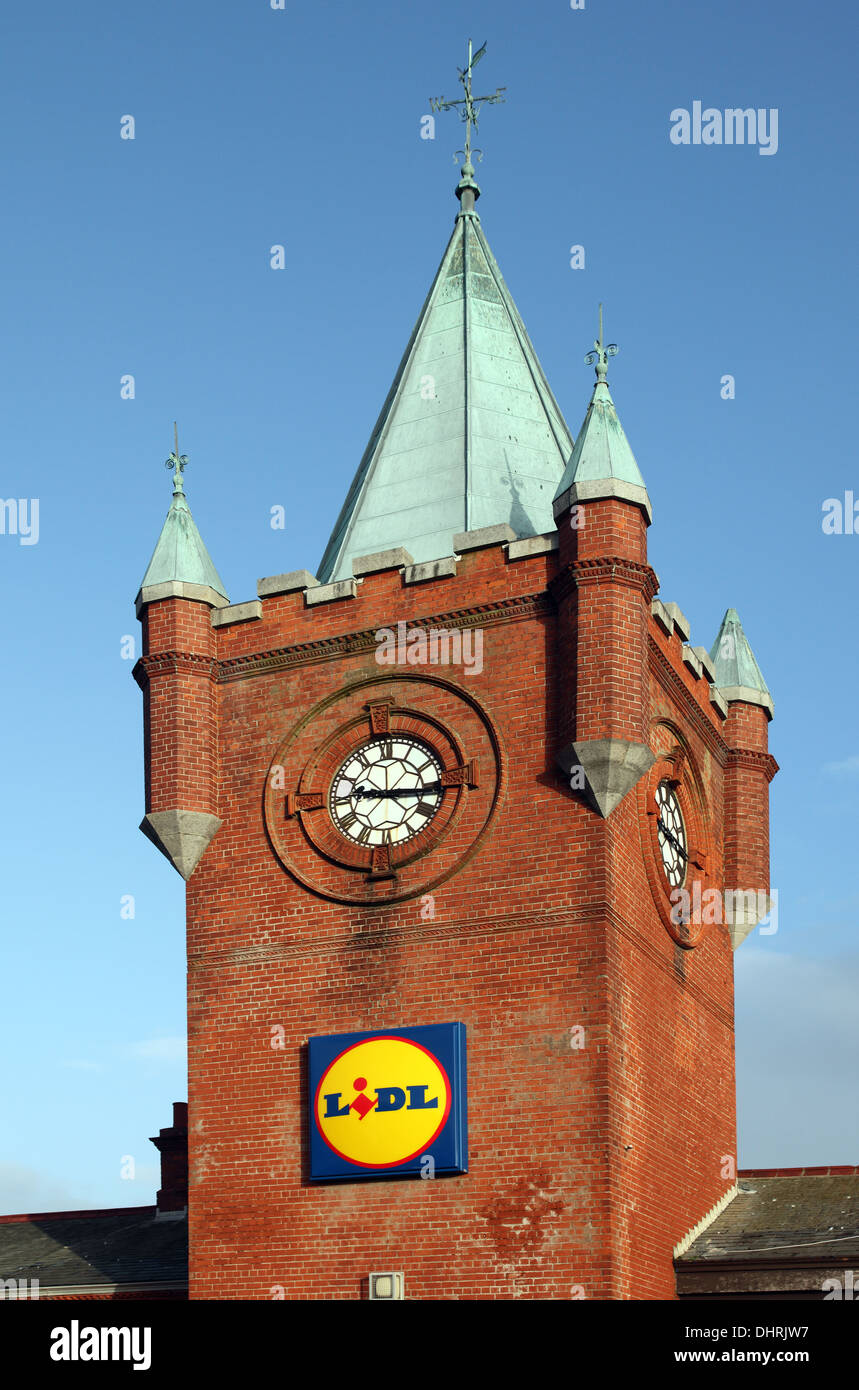 Lidl housed in former Victorian railway station in Newcastle Co. Down, Northern Ireland - Stock Image