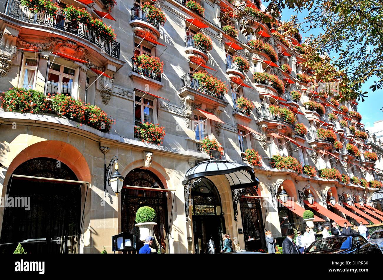 Plaza Athen U00e9e Palace Hotel Montaigne Avenue Paris France