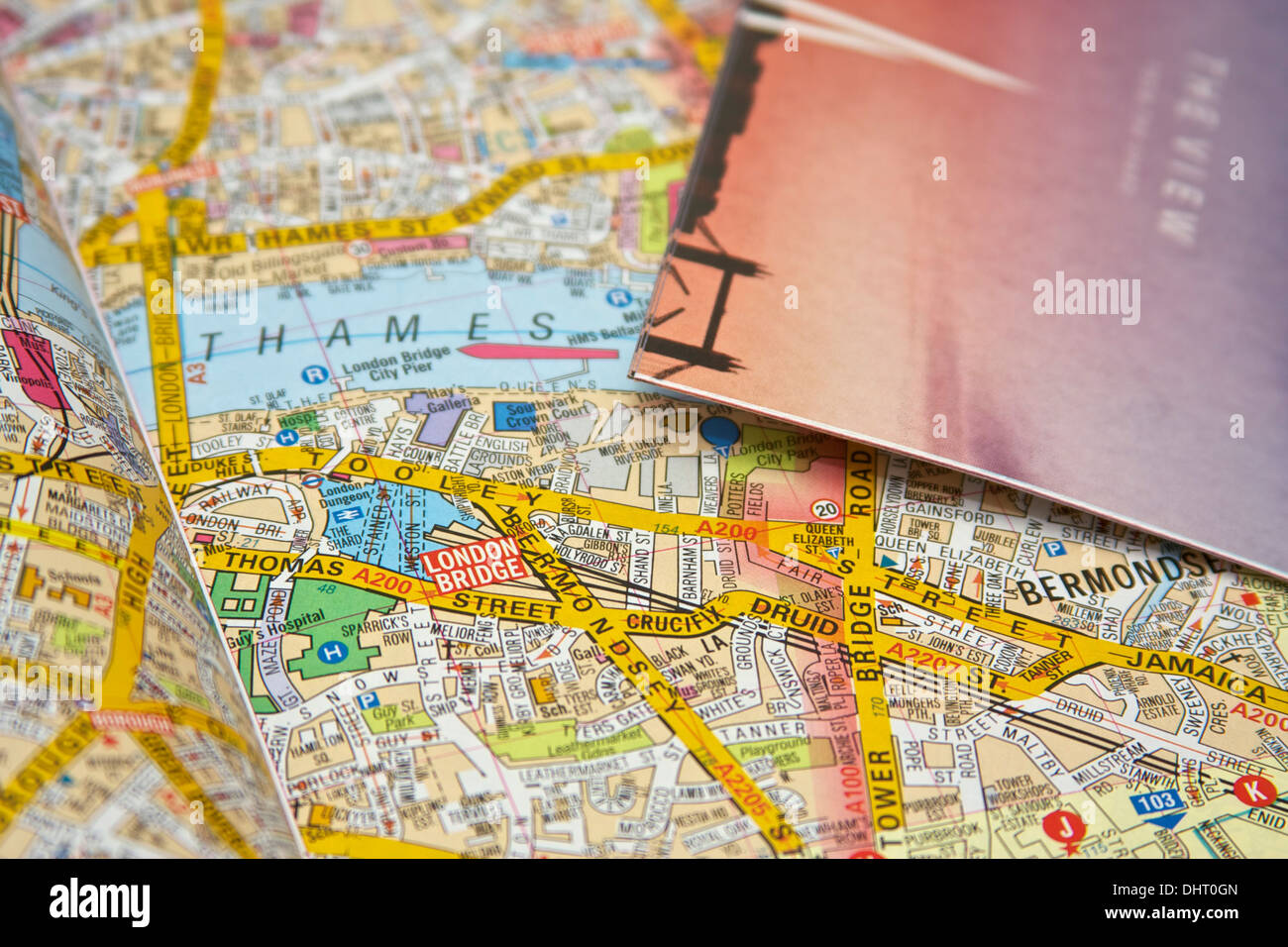 london street map with focus on location of the shard and entry tickets