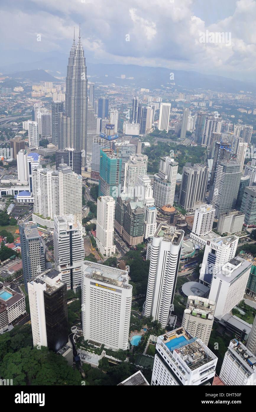 KUALA LUMPUR, MALAYSIA - NOVEMBER 17: Top view of Kuala Lumpur from Menara tower, Malaysia, on November 17, 2010 - Stock Image