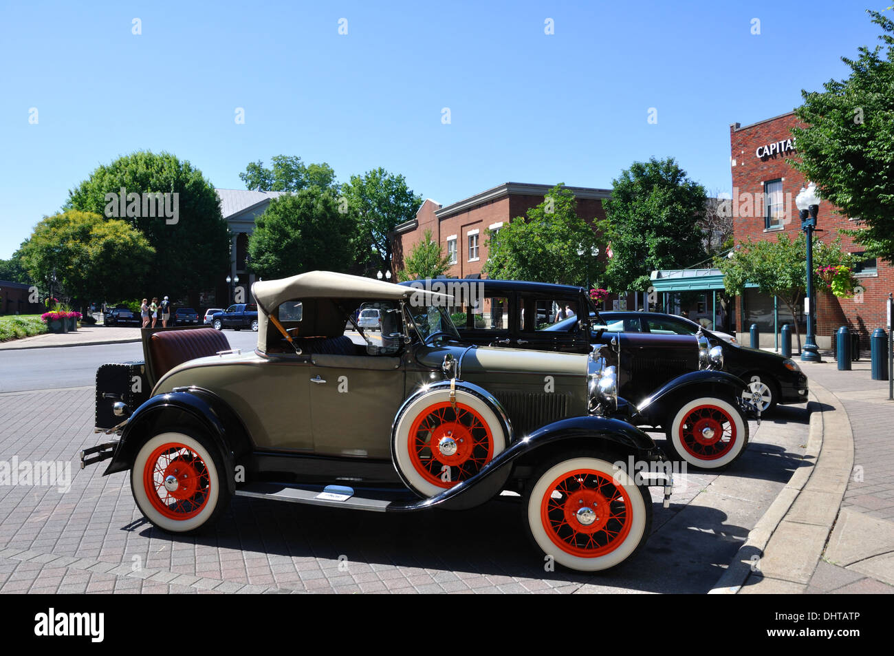 Classic cars parked in historic downtown Franklin, Tennessee, USA ...