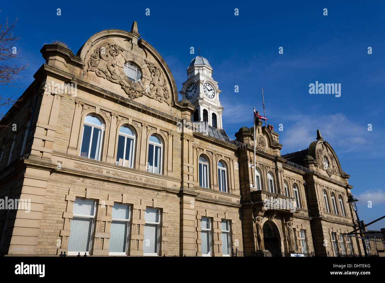 Ossett Town Hall was built in the French renaissance style between 1906-1908 at a cost of £22,000. - Stock Image