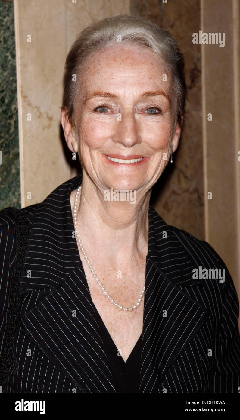 Watch Kathleen Chalfant video