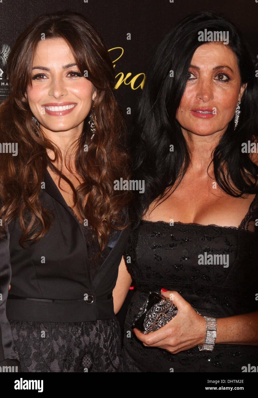 Photo of Sarah Shahi  & her Mother  Mahmonir Shahi