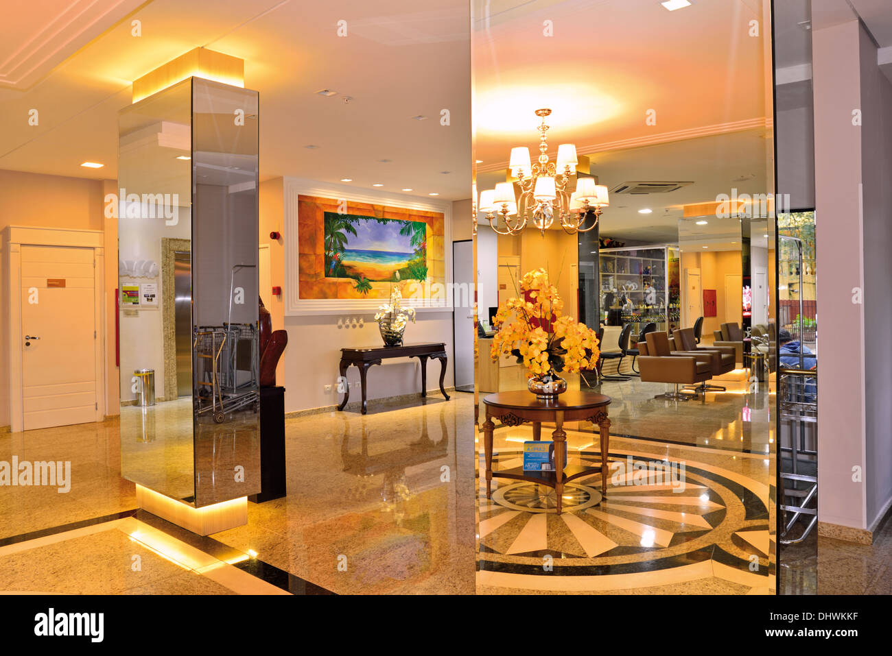 Brazil, Foz do Iguaçu: Elegant entrance hall in the Hotel Tarobá - Stock Image