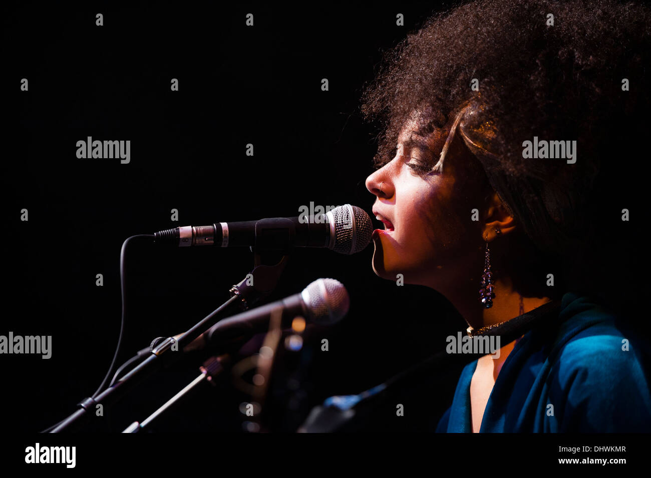 17 year old welsh singer songwriter KIZZY CRAWFORD performing at Aberystwyth Arts Centre 29 October 2013 - Stock Image