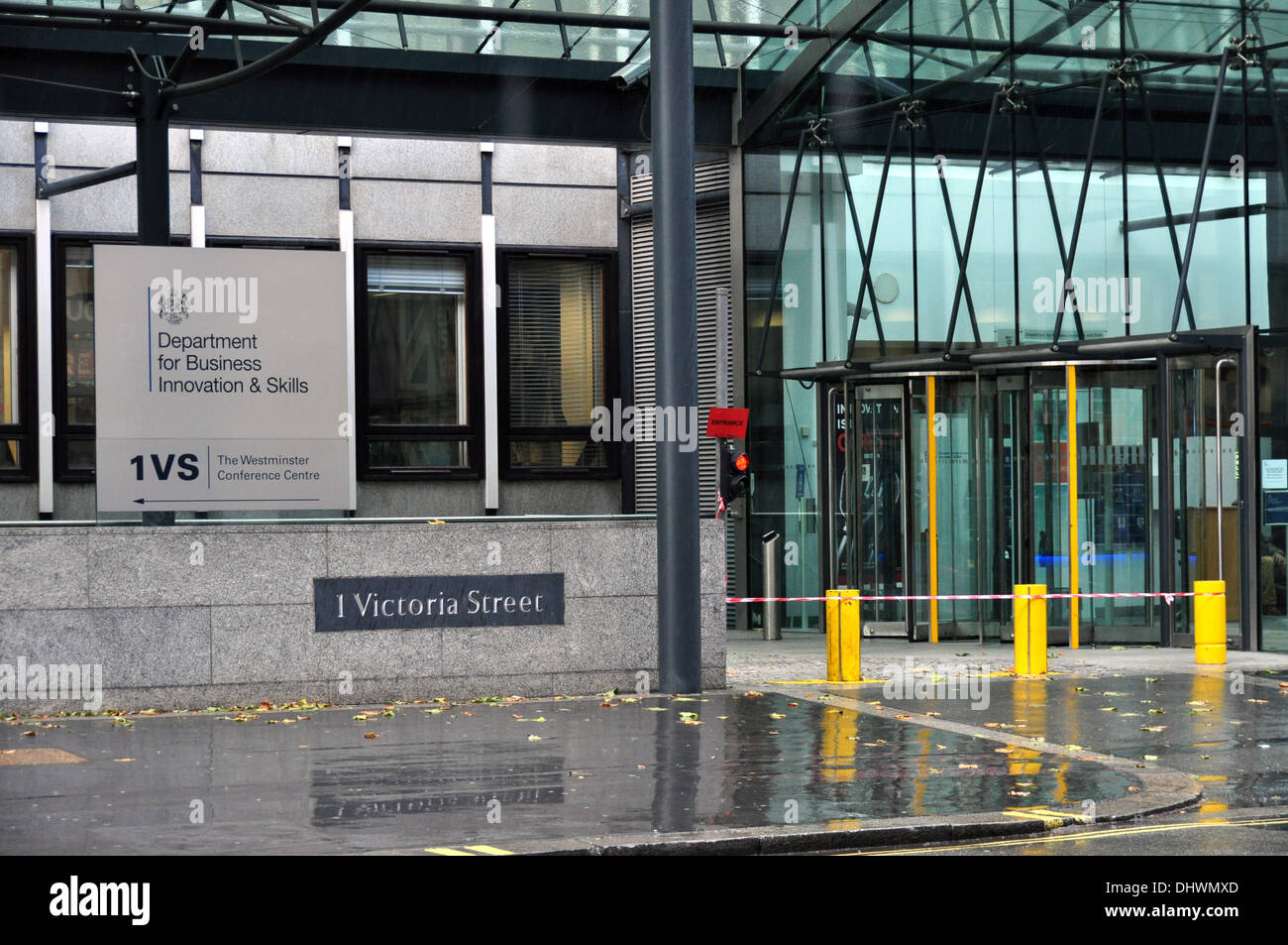 DEPARTMENT OF TRADE ETC NO 1 VIICTORIA STREET LONDON SWI UK - Stock Image