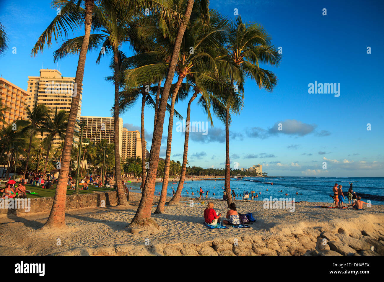 USA, Hawaii, Oahu, Honolulu, Waikiki Beach - Stock Image