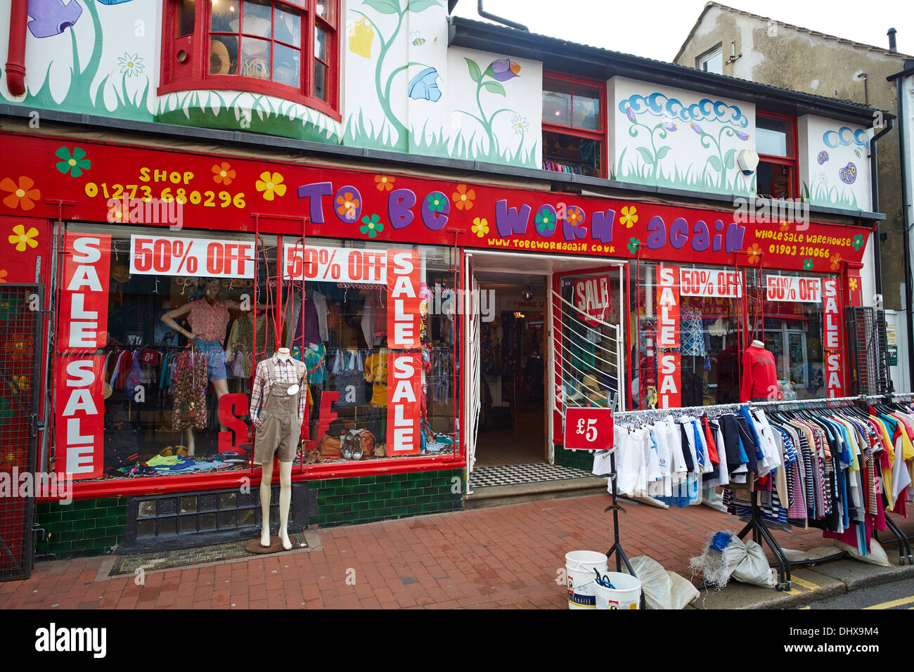 to be worn again a shop selling second hand vintage clothing sydney stock photo 62658628 alamy. Black Bedroom Furniture Sets. Home Design Ideas