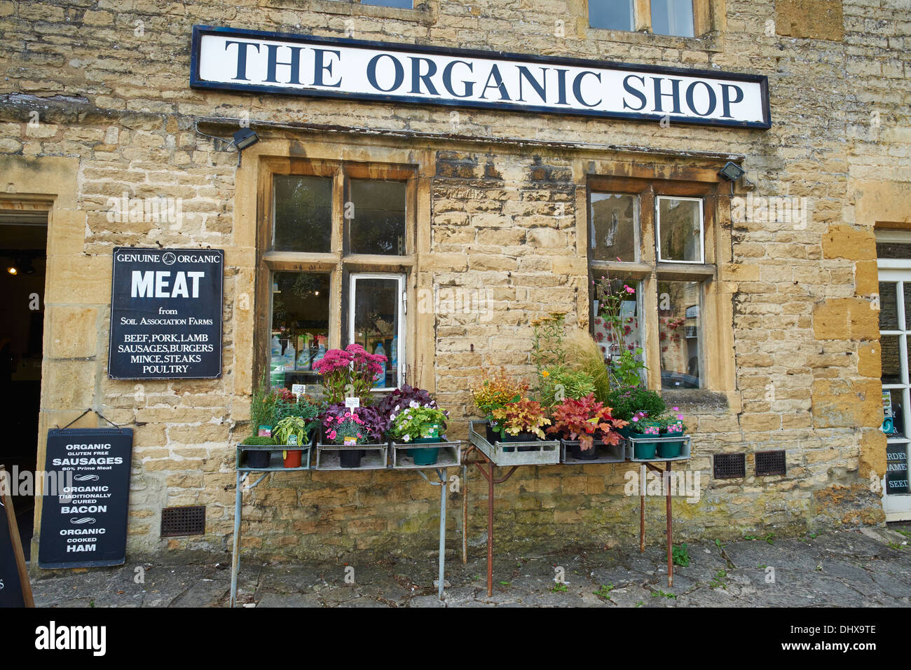 The Organic Shop Market Square Stow On The Wold Cotswolds Uk Stock Photo Alamy