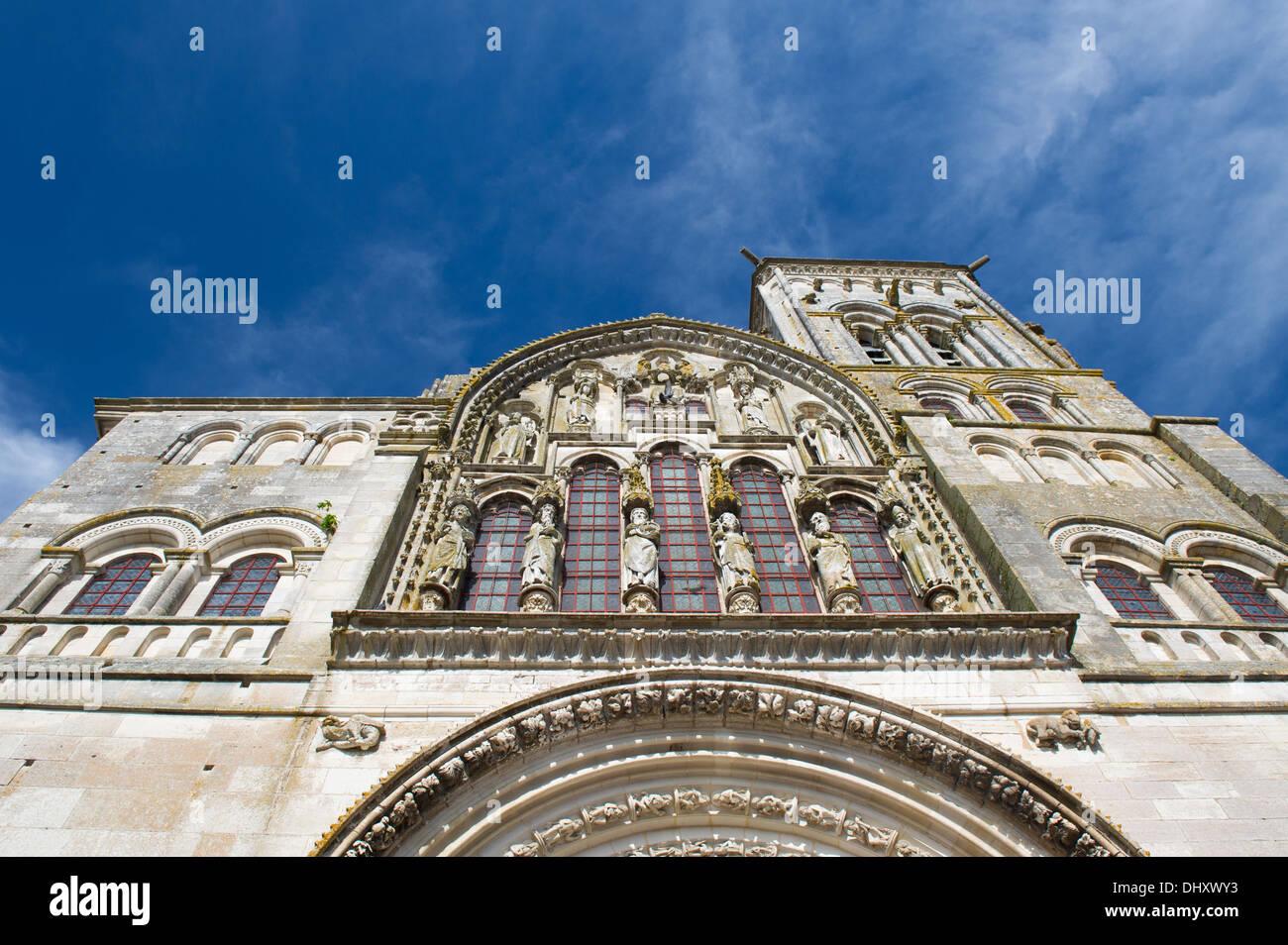 French church basilique de Saint Madeleine in Vezelay - Stock Image
