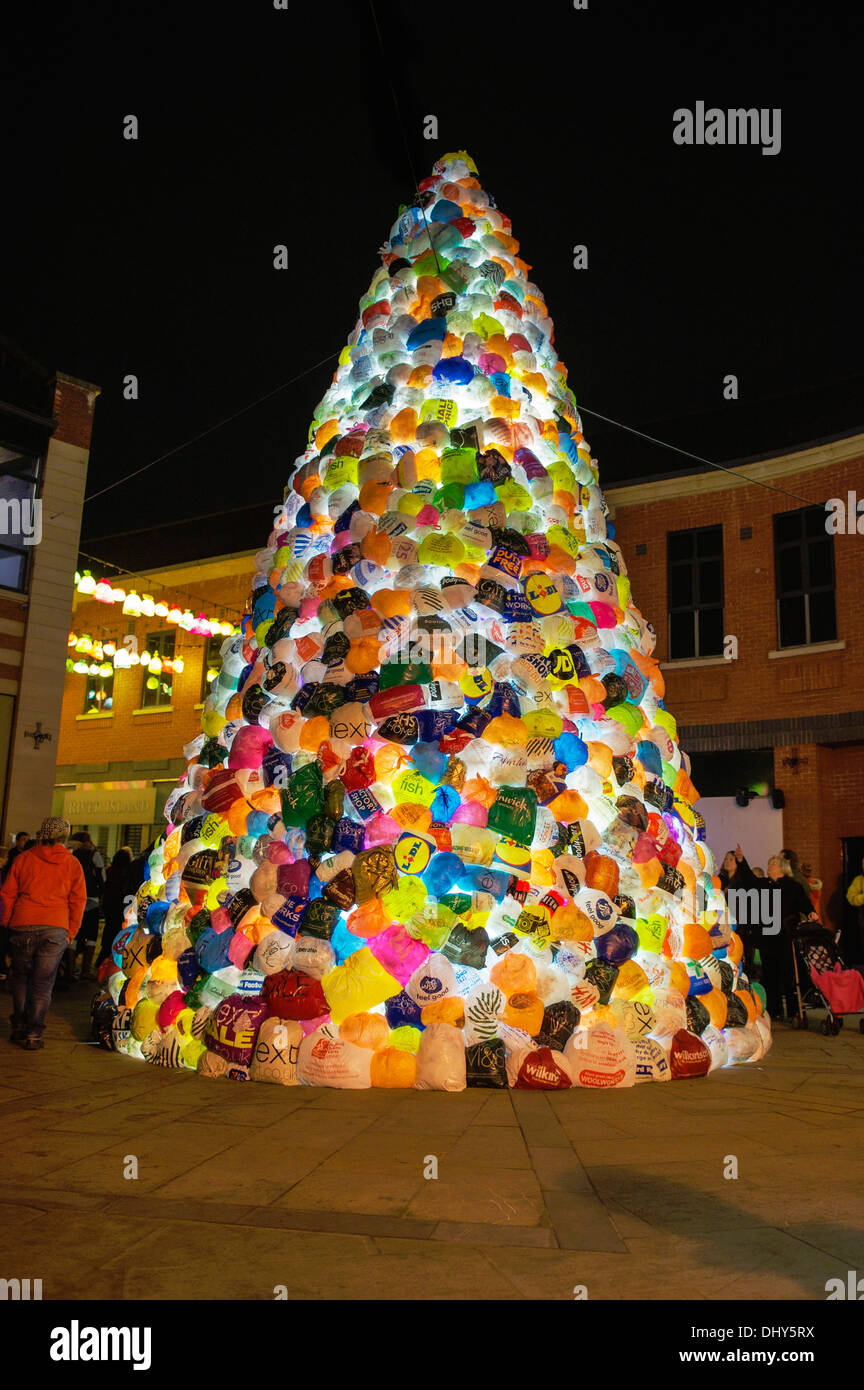 Durham lumiere 2013, sculpture of thousands of discarded plastic bags transformed into a 9metre xmas tree by luzinterruptus - Stock Image