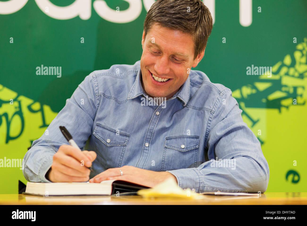Ronan O' Gara signs copies of his second book in Dublin, Ireland - Stock Image