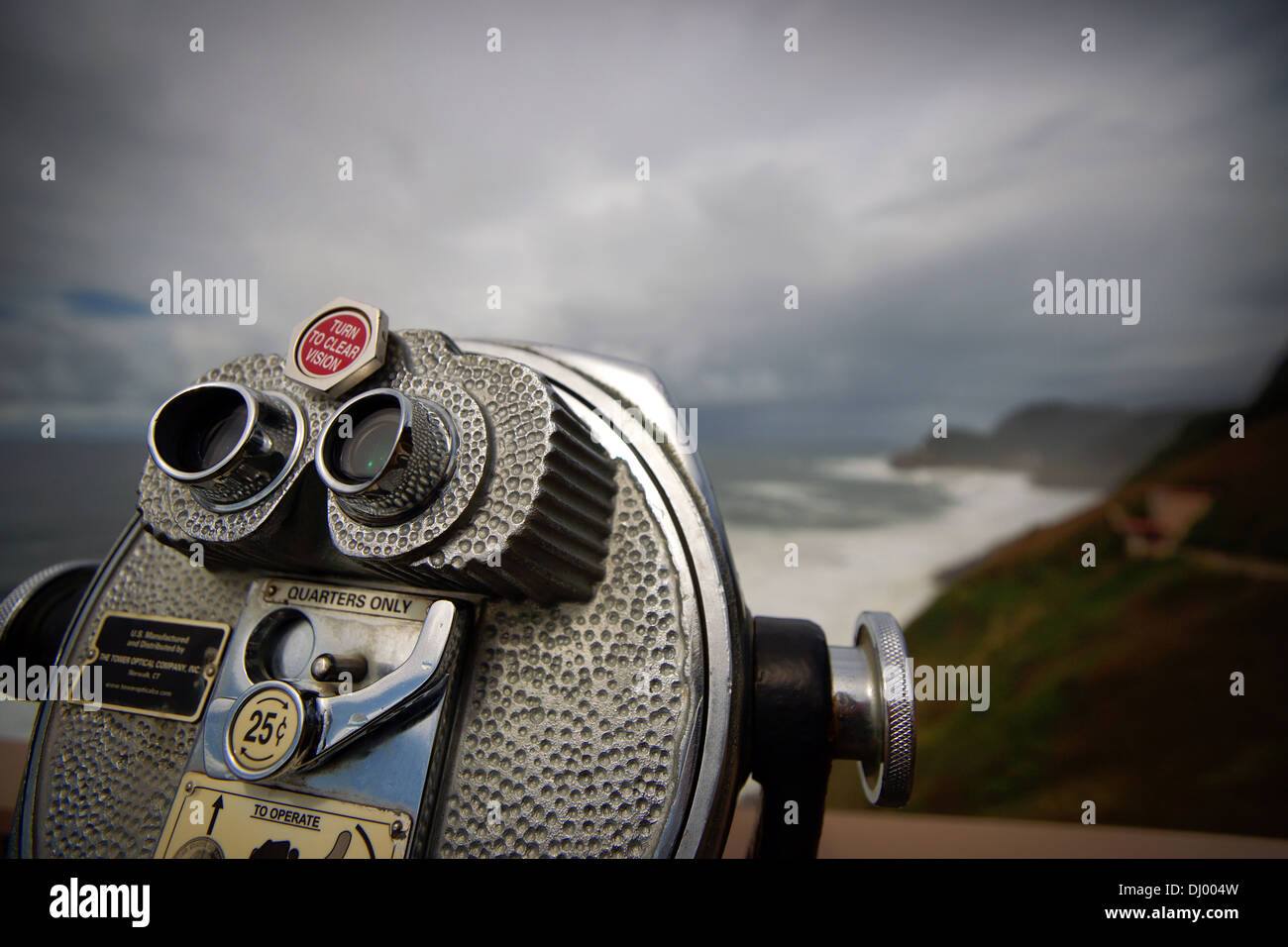 Binoculars at a view point at the oregon coast - Stock Image