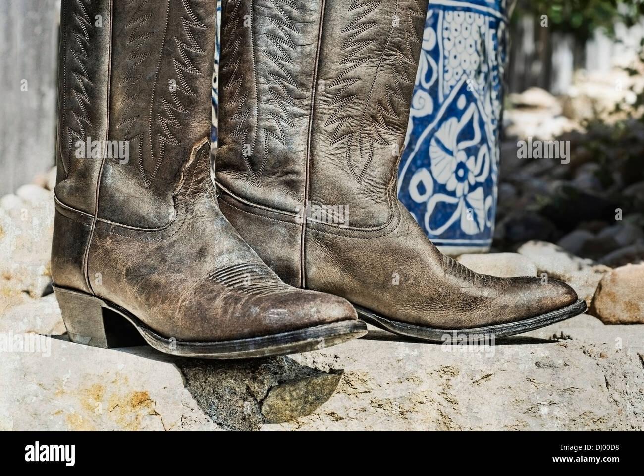 904332bc394 Weathered cowboy boots Stock Photo: 62695284 - Alamy